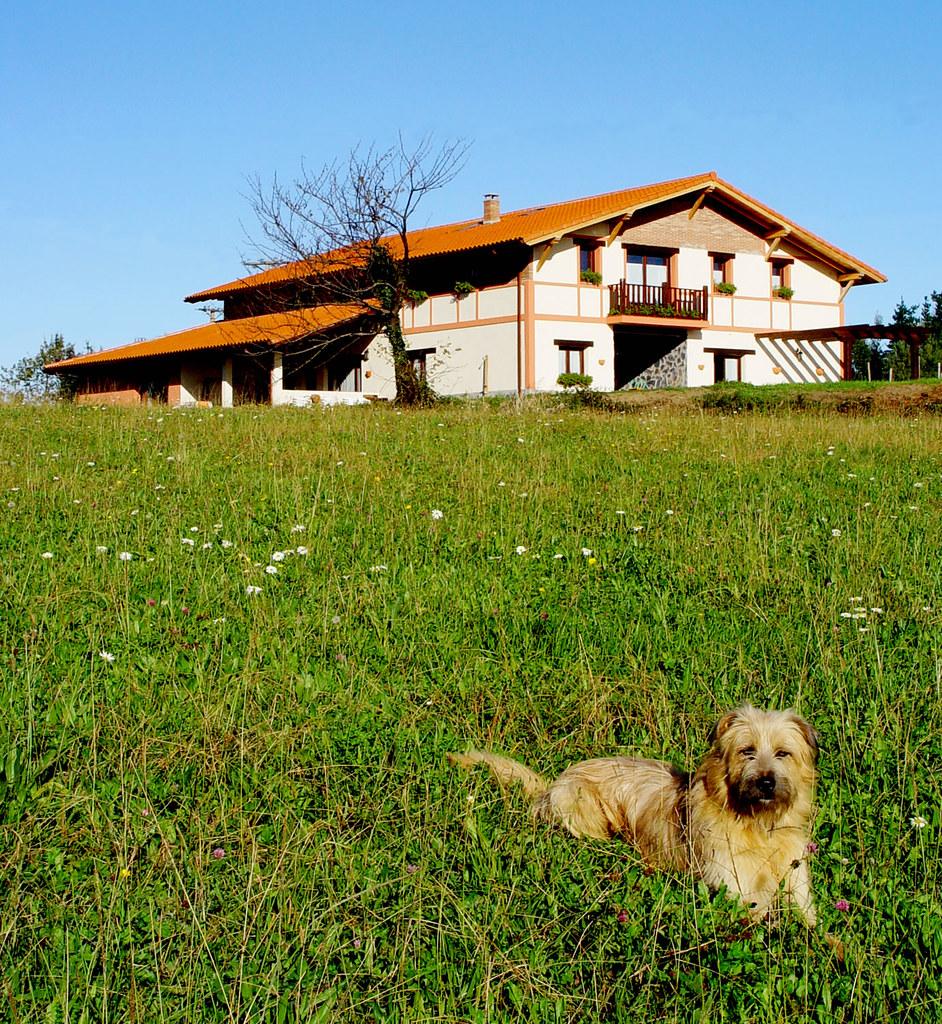 Casa rural merrutxu nuestro caser o est situado en la - Casa rural mundaka ...