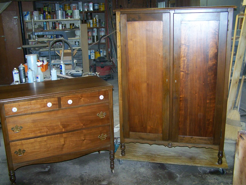 light walnut bedroom furniture finished light walnut stain along with the dresser that 15865