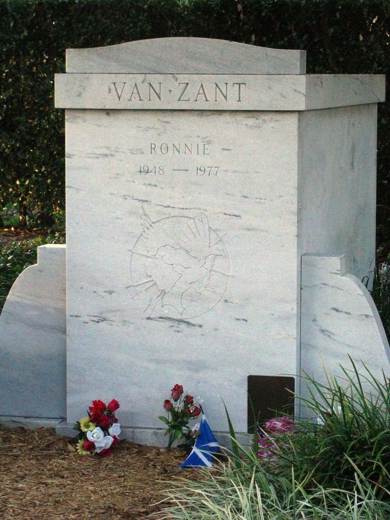 Ronnie Van Zant S Tomb Close Up Orange Park Memorial Cemet