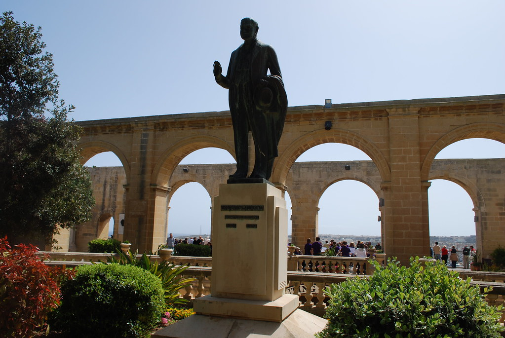 Malta Upper Barrakka Gardens Statue Unidentified Flickr