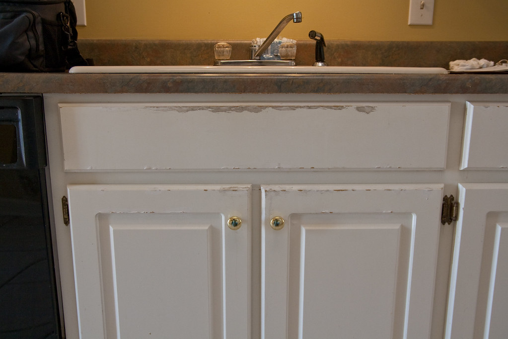 Refinishing Kitchen Cabinets From Country To Contemporary