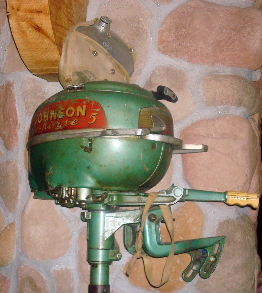Johnson sea horse a 1946 49 johnson sea horse 5 for 4 horse boat motor