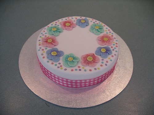 Images Of B Day Cake For Mom : Mothers group first birthday cake - 2005 Russ Weakley ...