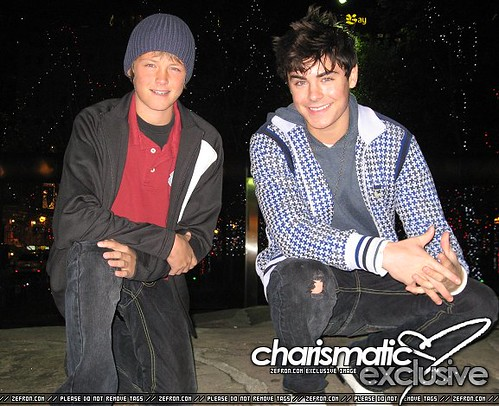 zac and dylan efron | ... Zac Efron