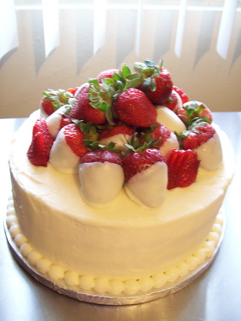 strawberry filling wedding cake