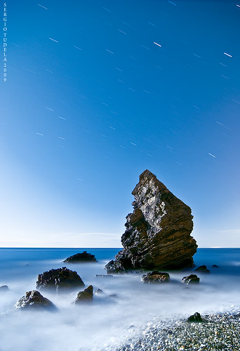 Rock sings to the moon | by SergioTudela
