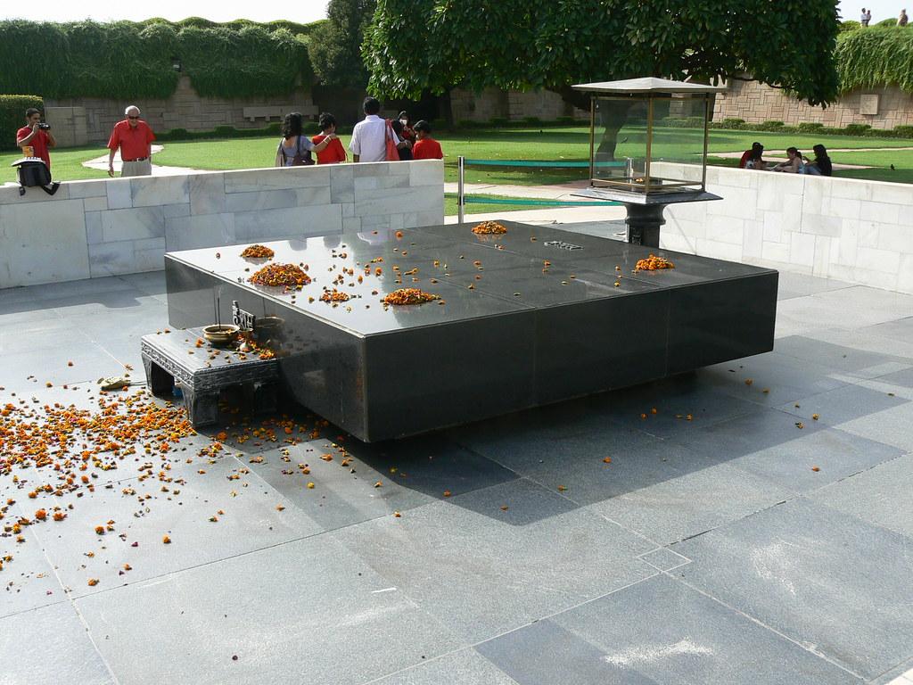 Mahatma Gandhi Tomb India Delhi Mahatma Gandhi Tomb