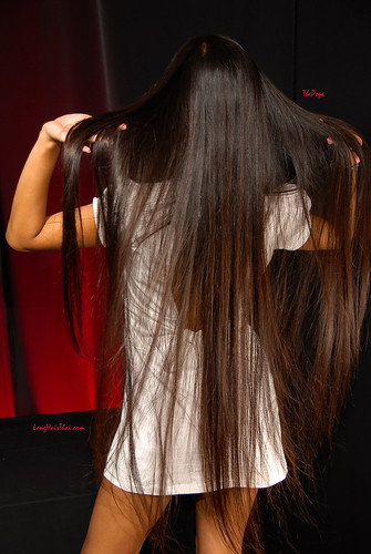 Long Hair Thai S Nat It S So Hot The Pope Flickr