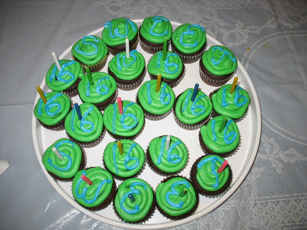 Green & blue 16th St Patty s day birthday cupcakes