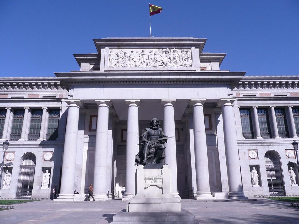 Museo del prado vista exterior del museo del padro en for Restaurante lamucca de prado madrid