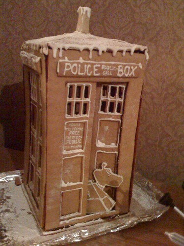 Gingerbread TARDIS | by AnnaMaja42