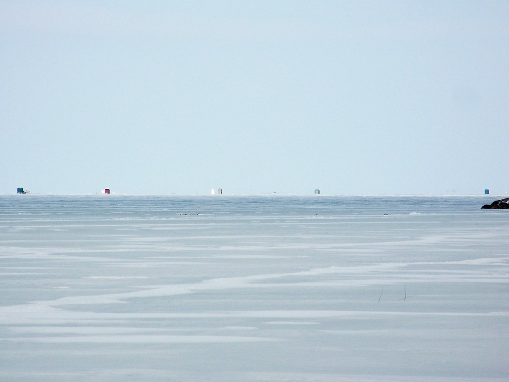 Ice fishing huts out on lake simcoe willow beach for Willow beach fishing