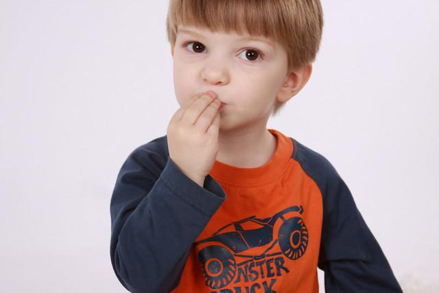 ASL – Black Bear Healing Home |Eat Sign For Baby Pick