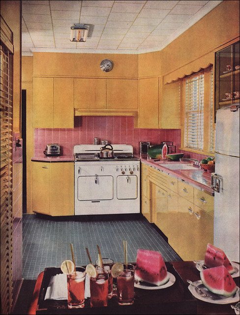 1950s kitchen design with a chambers range the colors for American chambre