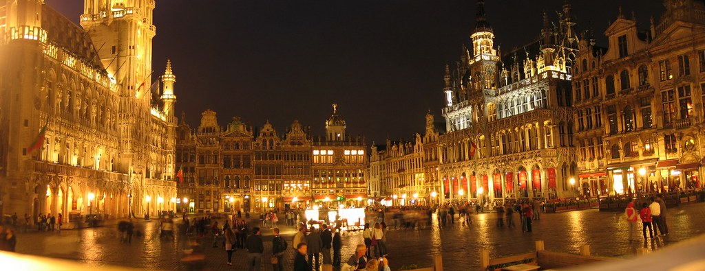Grand place by night 180 panorama panorama by night - Piscine de grand quevilly ...