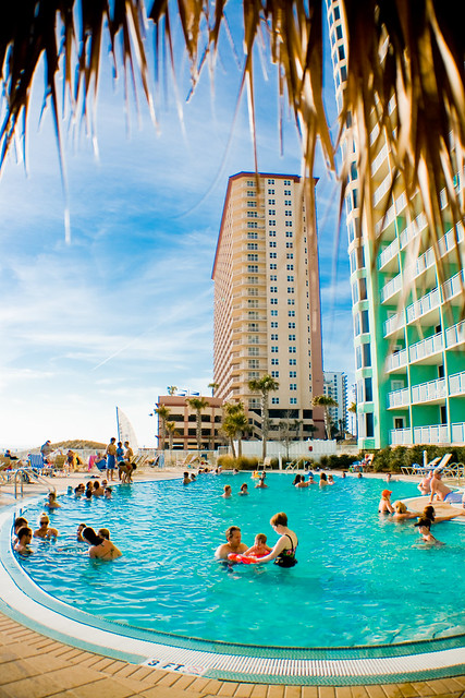 Wyndham Panama City Emerald Beach Resort