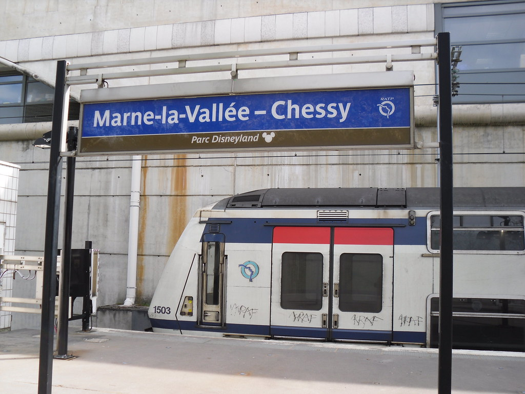 marne la vallee chessy the train station which serves disn flickr. Black Bedroom Furniture Sets. Home Design Ideas