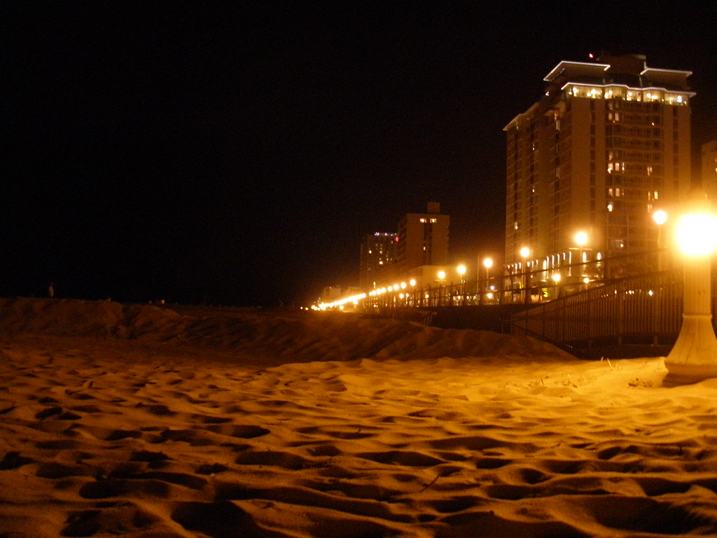 Virginia Beach Vacation | Random Thoughts and Photos  |Virginia Beach Night Life