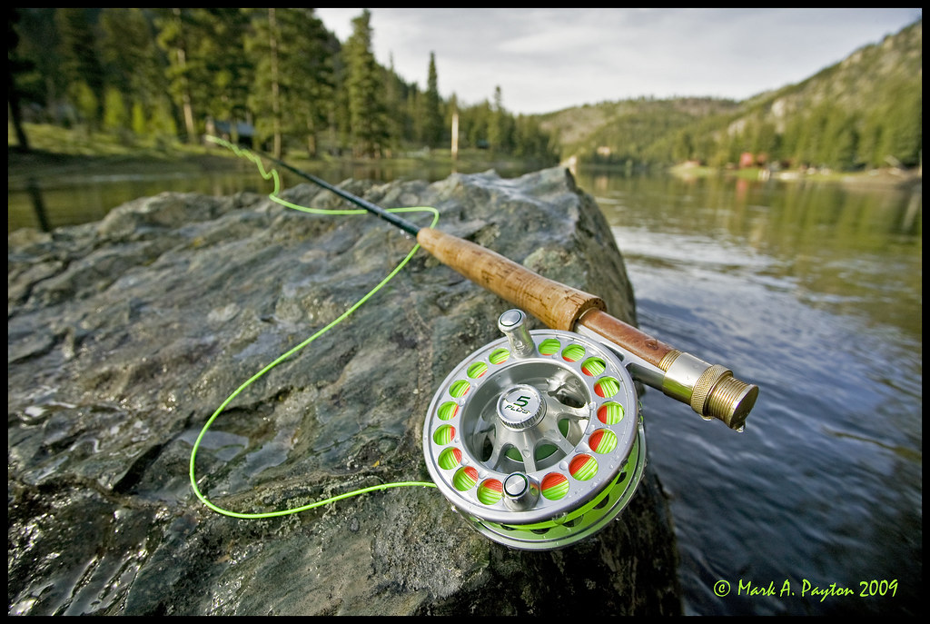 Fly rod reel on rock orvis fly rod and hatch 5 plus for Trout fishing rod and reel
