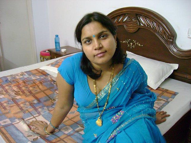 Sexy Indian Aunty  My Lovely Aunt From Indiawe Played -7439