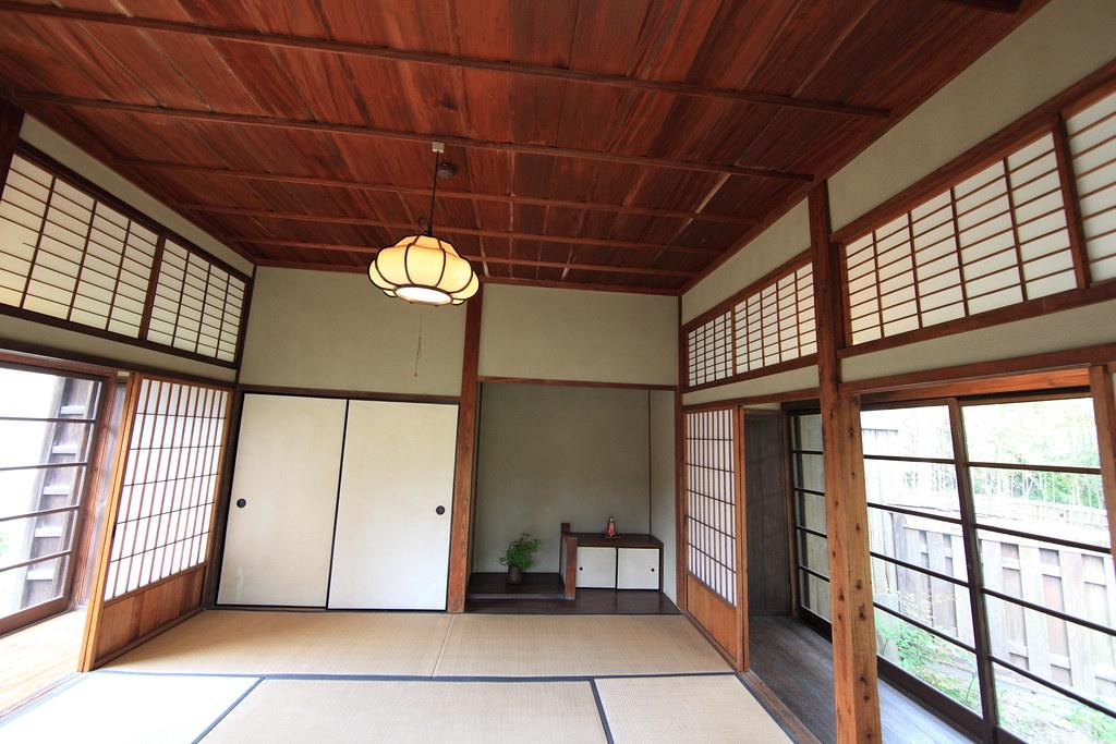Japanese traditional style samurai house for Japanese style windows