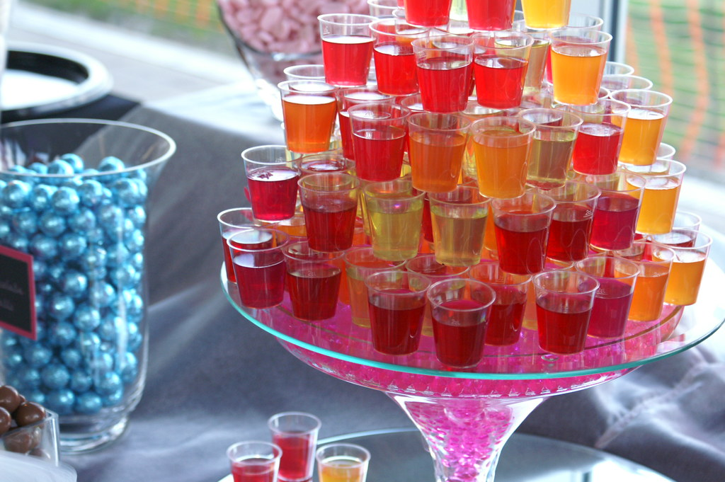 wedding cake vodka jello shots vodka jelly on the buffet vodka jelly 26779