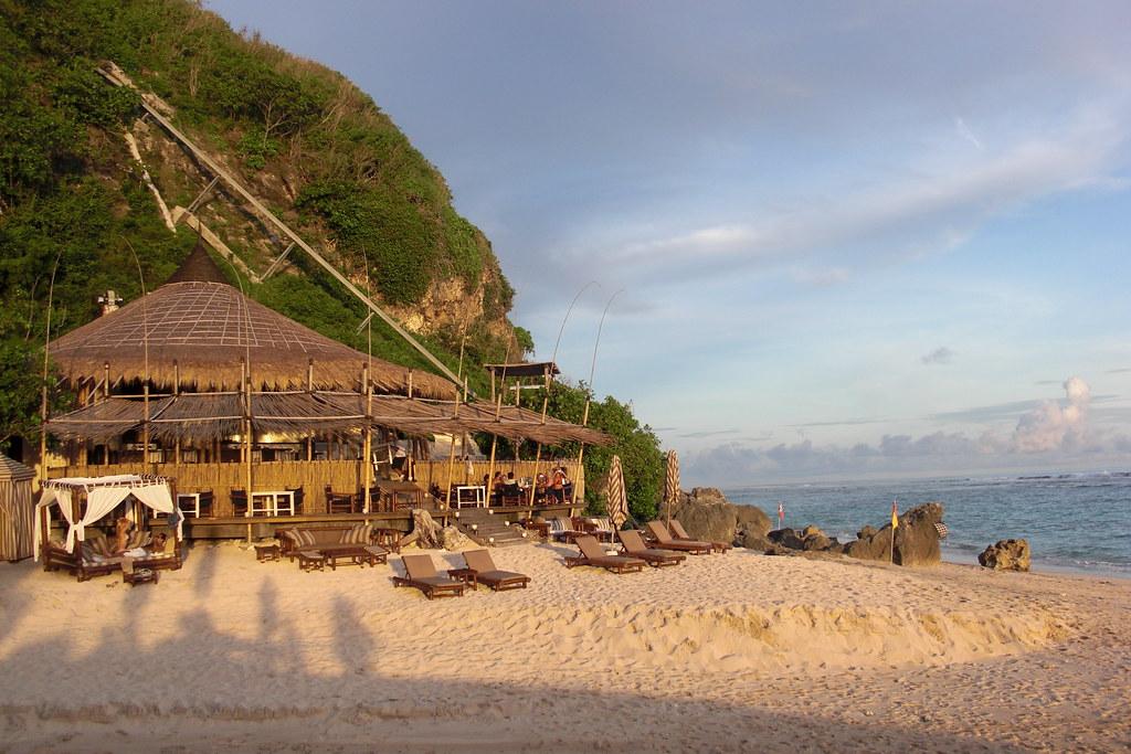 Nammos Beach Club, Karma Kandara | Rooftop Bar, Karma ...