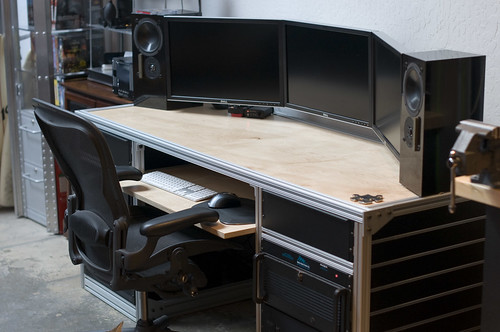 Stormys New Desk 2 Jpg Flickr Photo Sharing