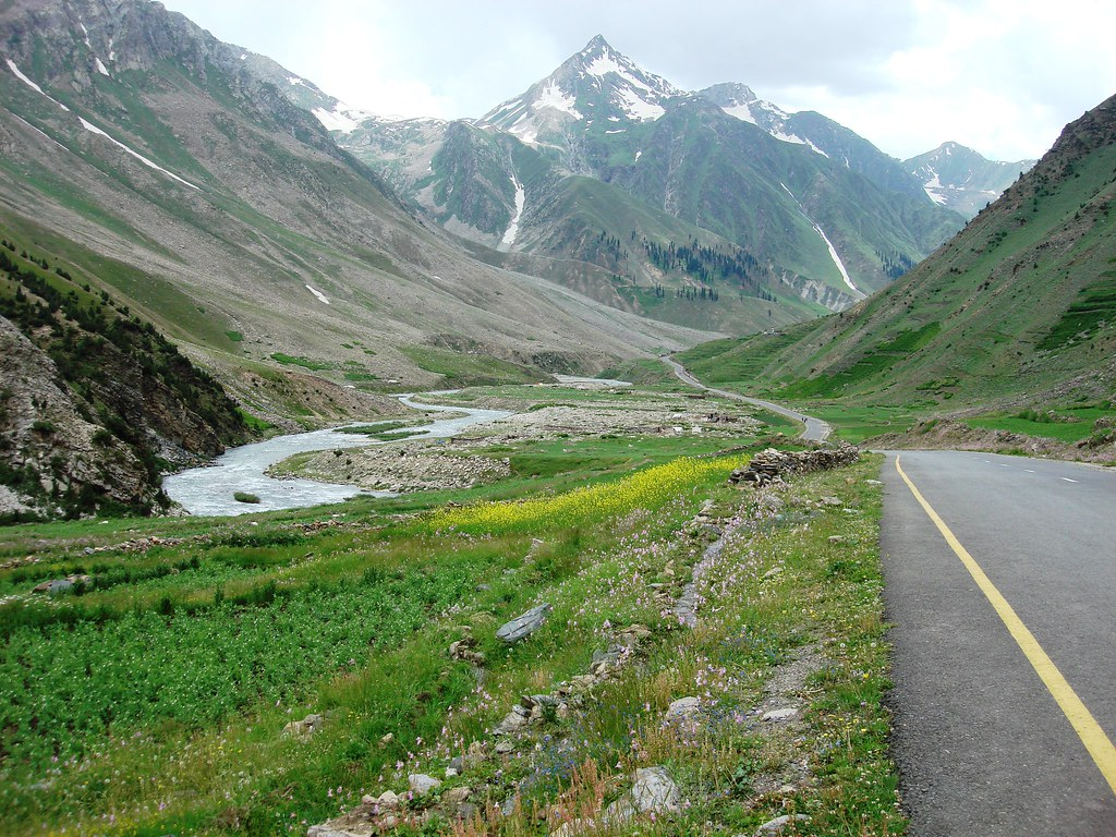 Jalkhed naran road pakistan asiahm flickr for 3d wallpaper for home in pakistan