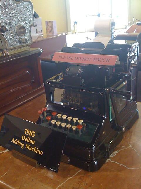 dalton adding machine