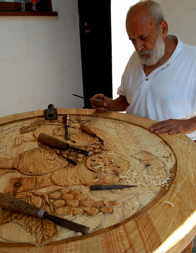 Santos Wood Artist Carving Table Top | This Is Santos, Workiu2026 | Flickr