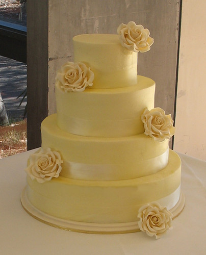butter cream wedding cake 5 8 11 lemon butter cake 14