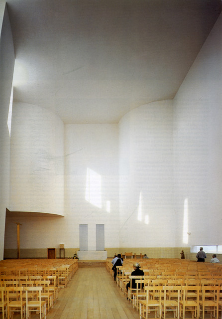 Interiors This Is My Kind Of Log Cabin See Evan: Church, Portugal, By Alvaro Siza - Interior