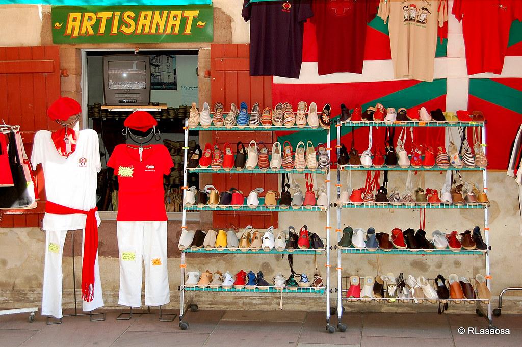 Tienda de alpargatas san juan de pie de puerto francia - San juan pie de puerto ...