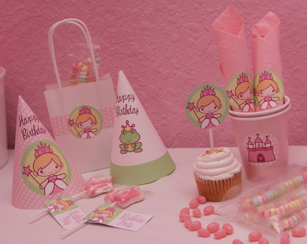 Printable princess birthday party decorations you can for R b party decorations