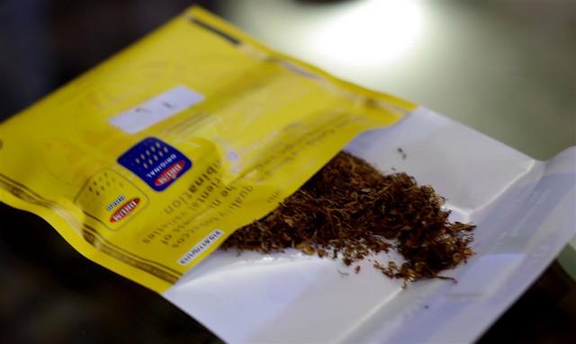 tambaku smoking rolling rolling machine tobacco gautam prakash flickr