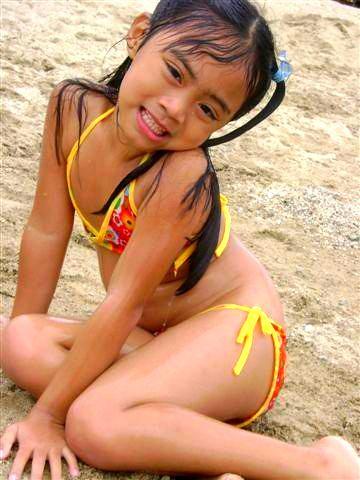 tiny asian com