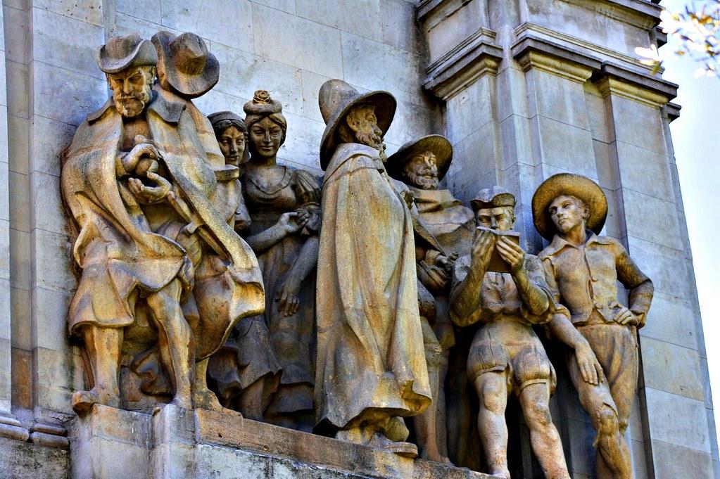 Cervantes en la Plaza de España
