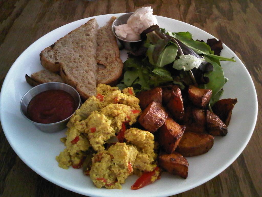 Breakfast Bar In Kitchen Wall