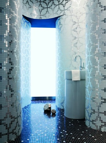 All over mosaic bathroom mosaic tile from floor to for Bisazza bathroom ideas
