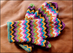Chevron Love Mittens! | by JuliaVesper