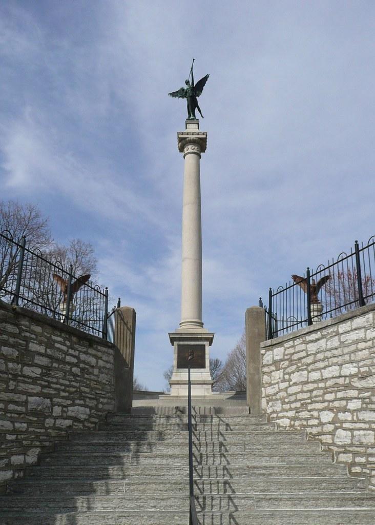 Alton Il Alton Cemetery Elijah P Lovejoy Memorial Flickr