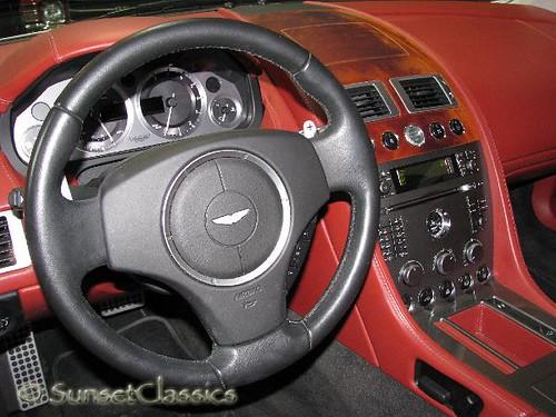 2005 aston martin db9 interior interior of a 2005 aston for Aston martin db9 interior