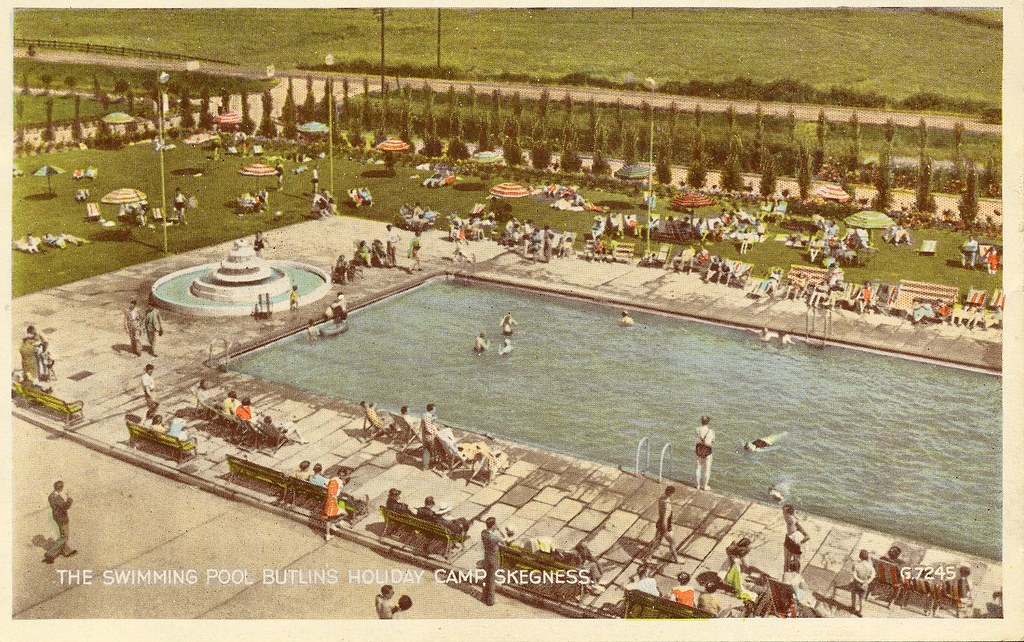 Butlins Skegness 1950s Swimming Pool This Was The Larger Flickr