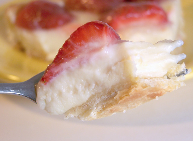 Lemon Glazed Strawberry Tart with Pastry Cream | Recipe ...