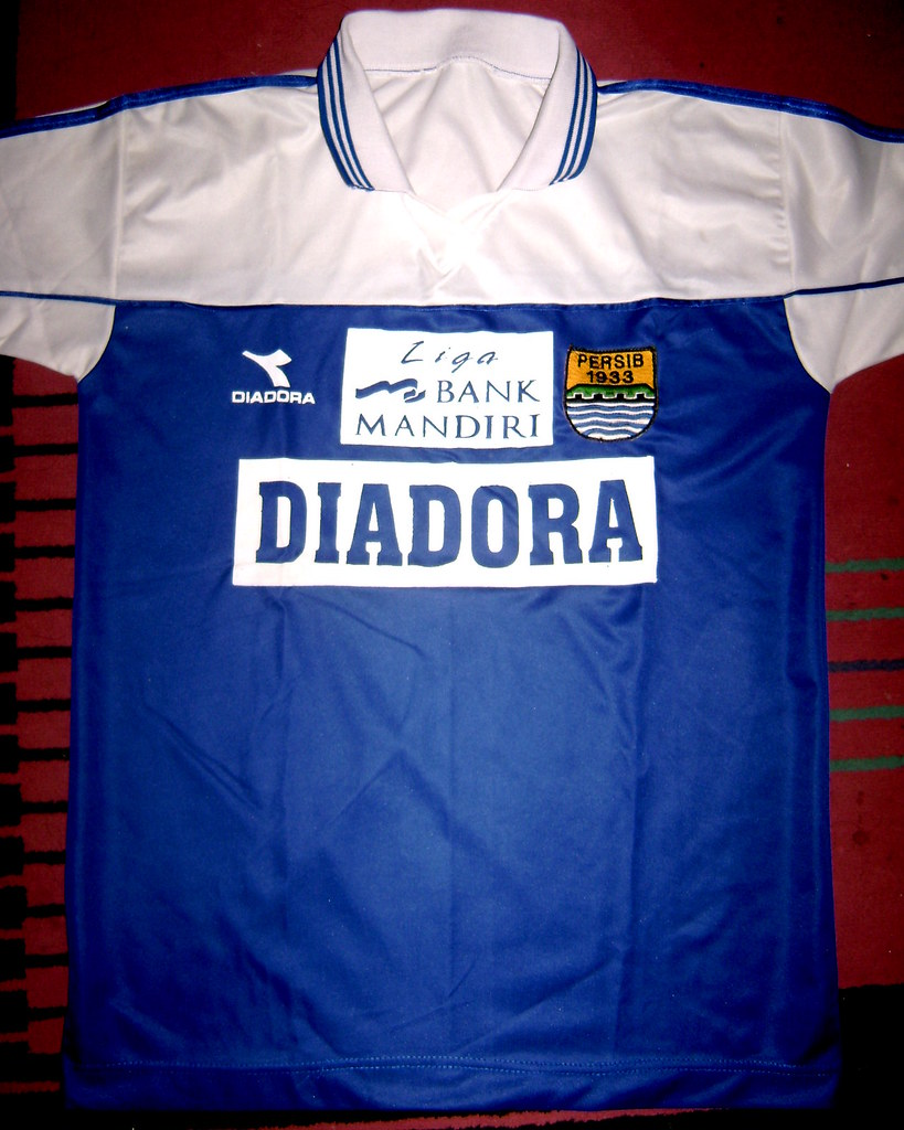 Persib bandung home shirt for liga bank mandiri unofficia flickr