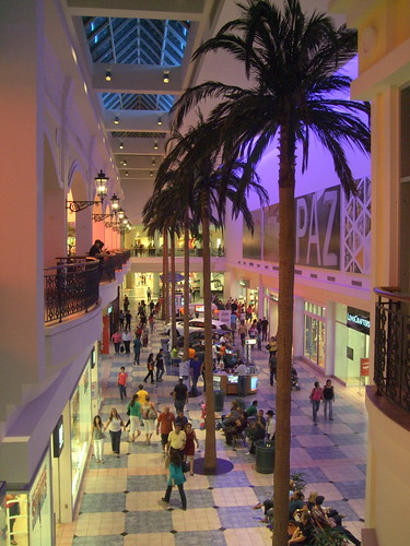 Posts about Plaza Las Américas. Vilma Iris Manso Rosario is at Plaza Las Américas. Sp S on S so S red S · 24 mins · San Juan, Puerto Rico · Plaza Las Américas. Shopping Mall · San Juan, Puerto Rico. 56, people checked in here. Mima Nieves is at Plaza Las Américas. Sp S on S so S red S · 31 mins · San Juan, Puerto Rico ·/5().