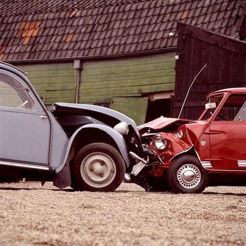 deux chevaux eend en mini cooper deux chevaux eend a flickr. Black Bedroom Furniture Sets. Home Design Ideas