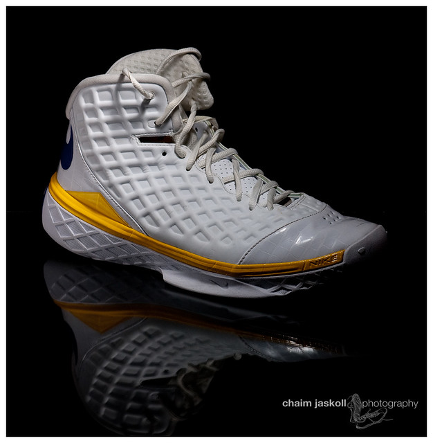 Kobe Zoom  Shoes Size