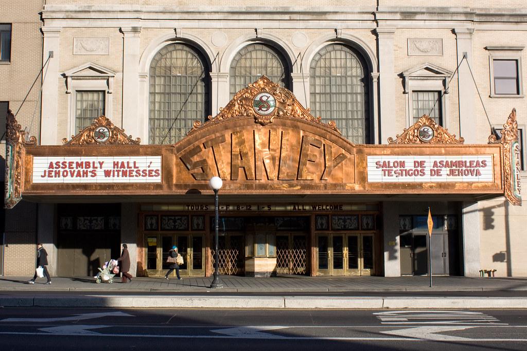 Movie Theater In Jersey City Nj